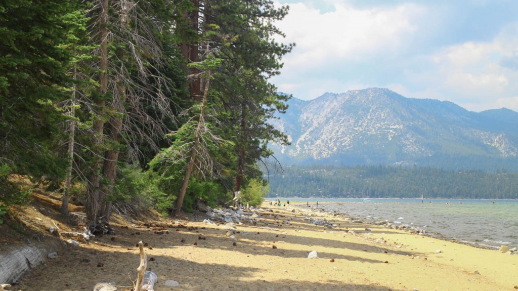 A beach in the mountains? Yes, that's lake Tahoe.