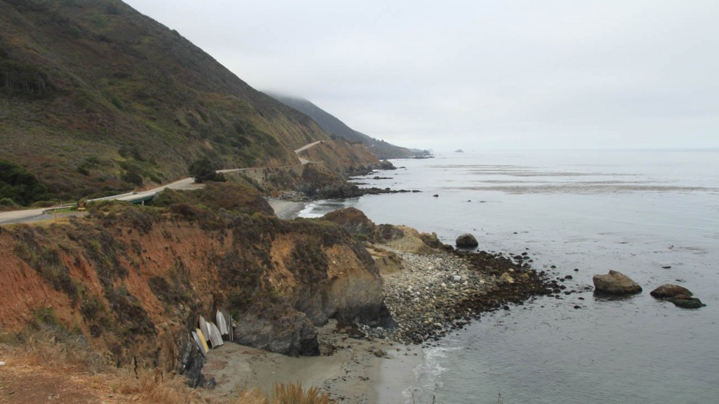 Travelling from San Francisco to Los Angeles? Take the highway number 1 along the coast!